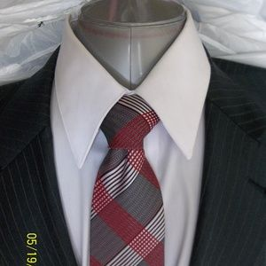 HHR6- Jos A Bank Gray Multi Color Stripe Suit